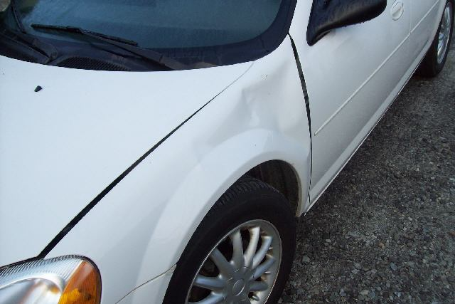 White Car Before Repair2